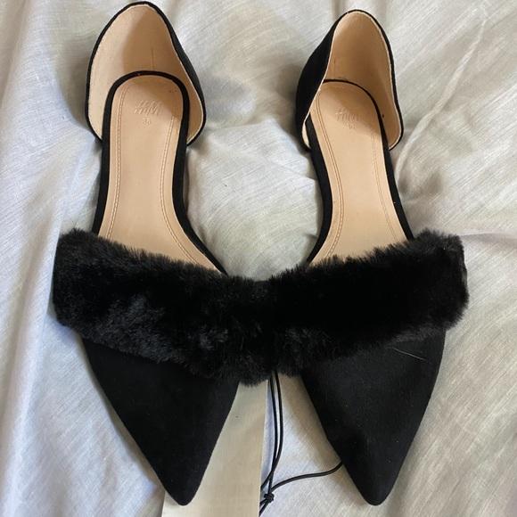 Pointy Fur Flats